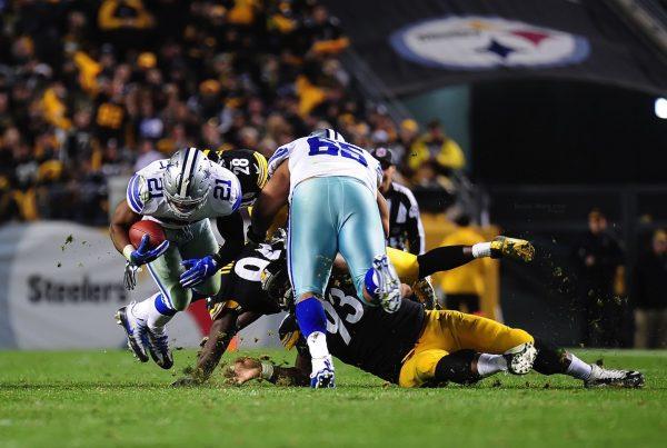 Dallas Cowboys Running Back Ezekiel Elliott. Photo Credit: Brook Ward | Under Creative Commons License