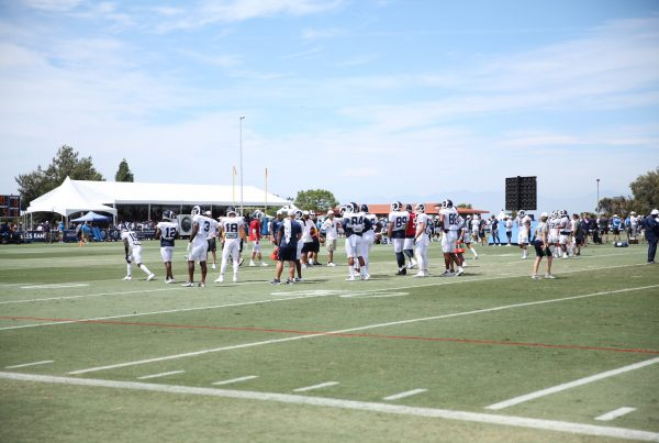 LA Rams Receivers And Tight Ends Run Drills During Training Camp. Photo Credit: Ryan Dyrud | Sports Al Dente