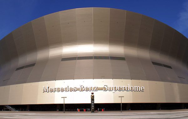 The Mercedes-Benz Superdome. Photo Credit: Iam Chihang | Under Creative Commons License