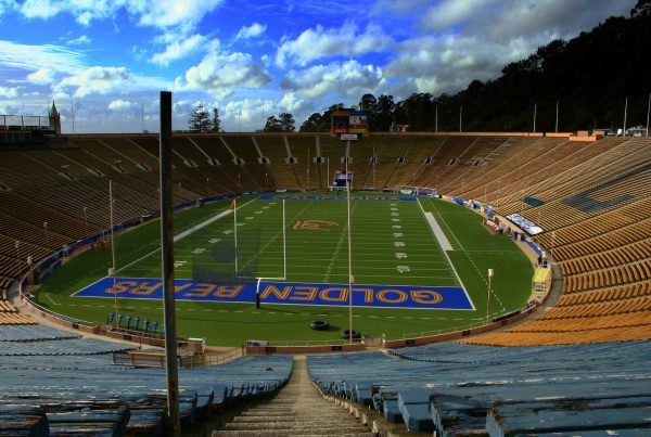 Cal Memorial Stadium. Photo Credit: John Morgan | Under Creative Commons License