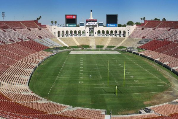 Los Angeles Memorial Coliseum. Photo Credit: Aldipix | Under Creative Commons License
